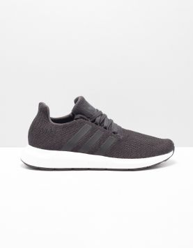 Adidas Swift Run Sneakers Bd7977 Core Black 115547-09 1