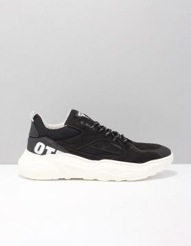 Off The Pitch Cross Runner Sneakers Otp7150193-190 Black 118078-08 1